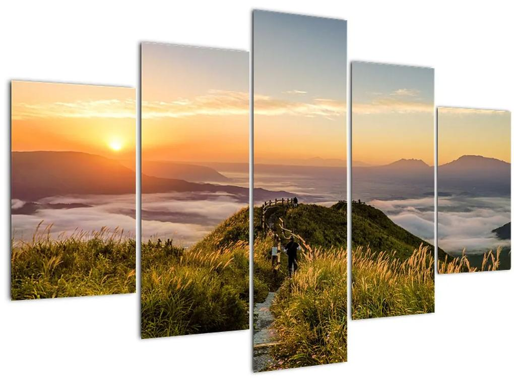 A hegy naplementekor képe (150x105 cm)