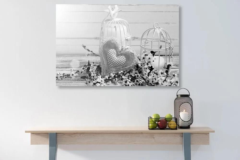 Kép vintage szívecske és virágok fekete fehérben