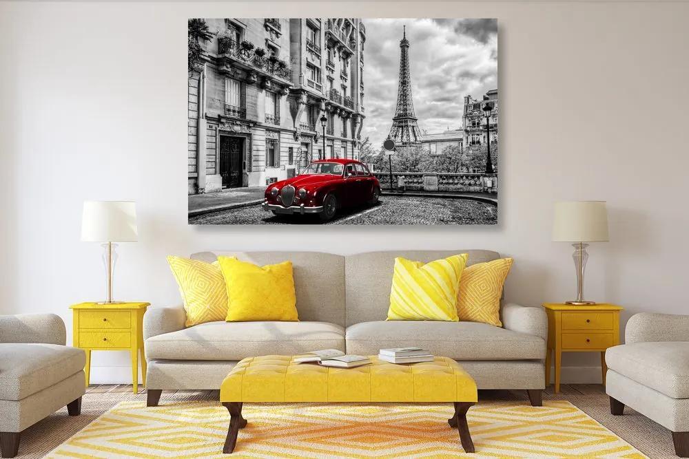 Piros retró autó Párizsban