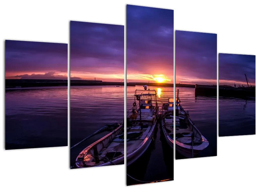 Egy halászhajók képe egy kikötőben (150x105 cm)