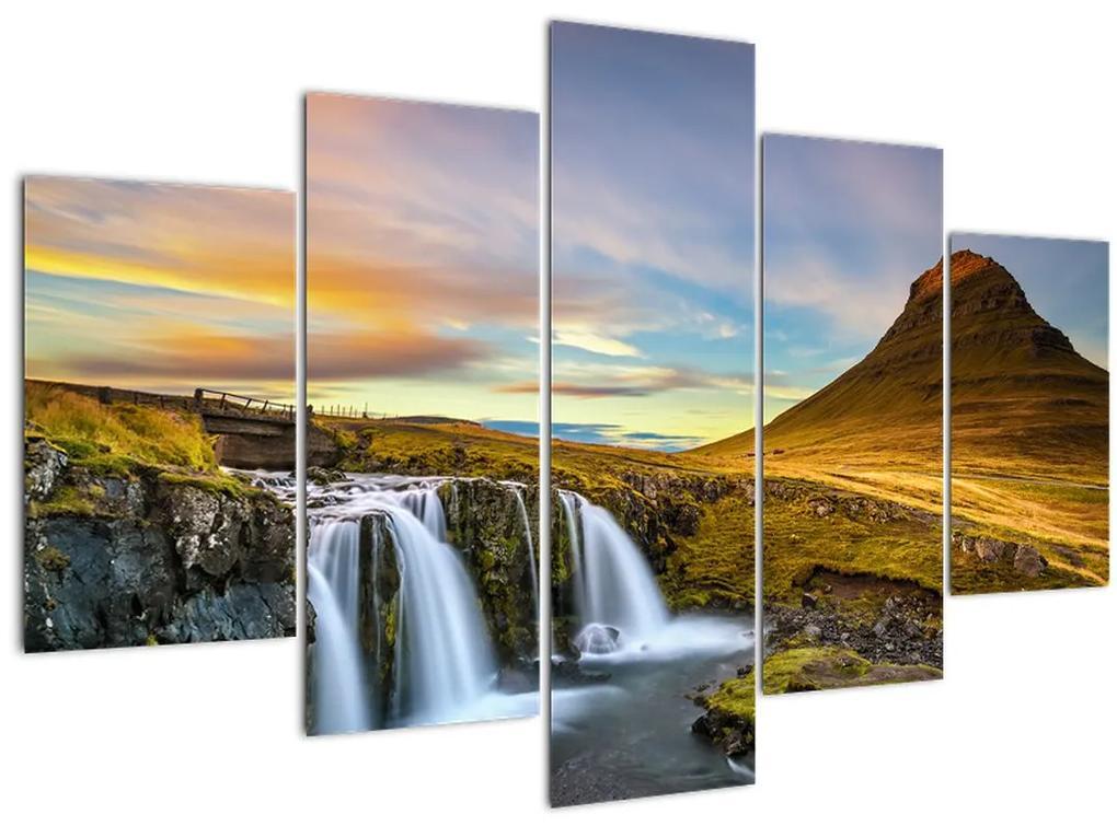 Kép a hegyekről és vízesésekről Izlandon (150x105 cm)